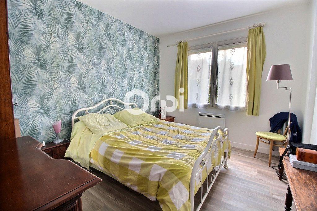 Maison à vendre 6 144m2 à Savigny-sur-Orge vignette-6