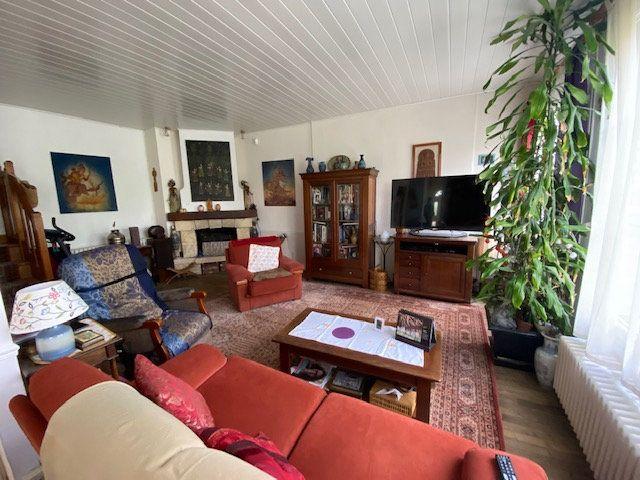 Maison à vendre 7 128m2 à Savigny-sur-Orge vignette-2