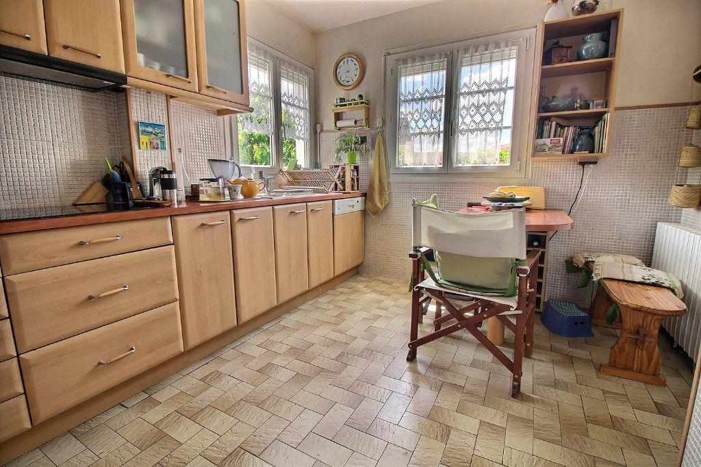 Maison à vendre 7 128m2 à Savigny-sur-Orge vignette-5