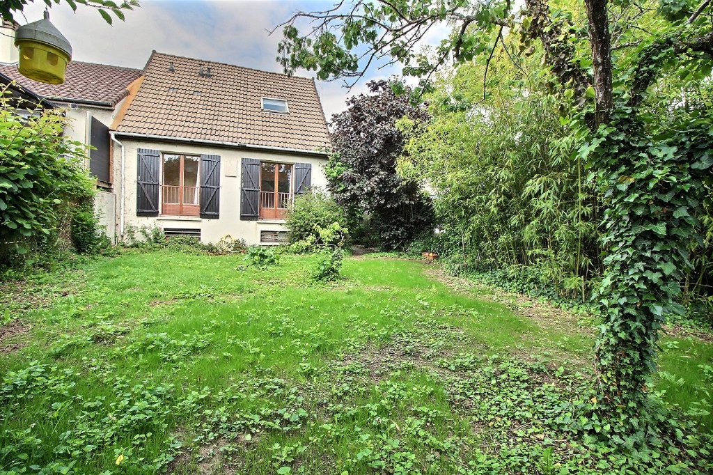 Maison à vendre 5 96m2 à Savigny-sur-Orge vignette-1