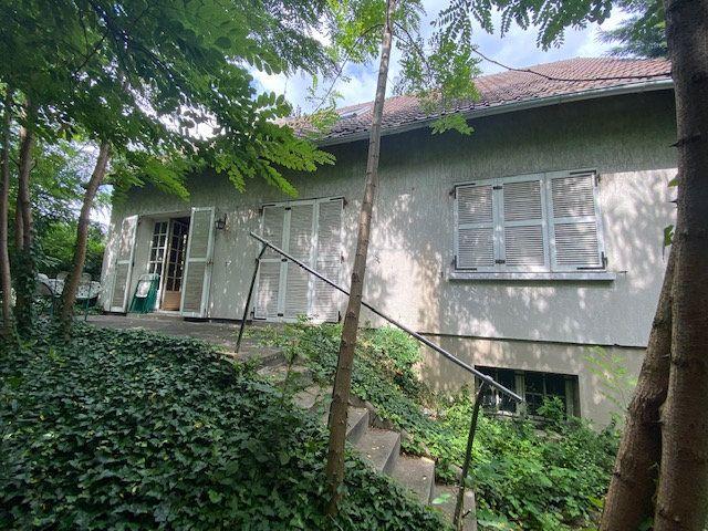 Maison à vendre 7 141m2 à Savigny-sur-Orge vignette-1