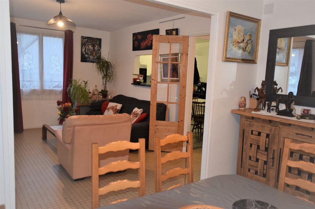 Maison à vendre 4 84.89m2 à Morangis vignette-4