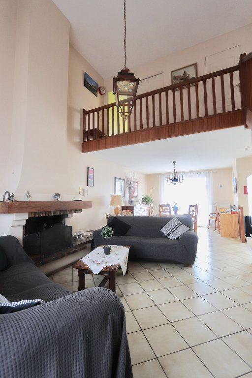 Maison à vendre 6 115m2 à Morangis vignette-3
