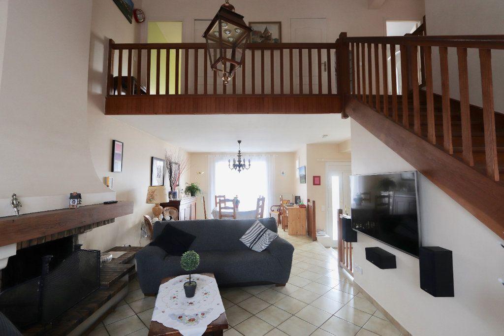 Maison à vendre 6 115m2 à Morangis vignette-4