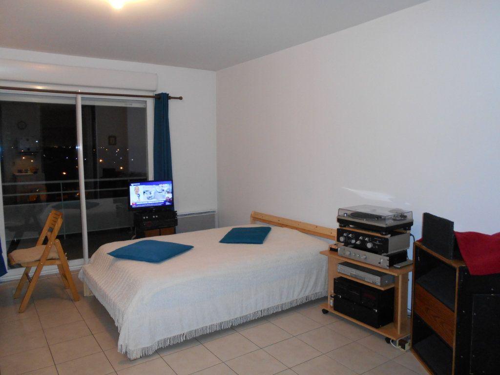 Appartement à vendre 1 31.19m2 à Chilly-Mazarin vignette-2