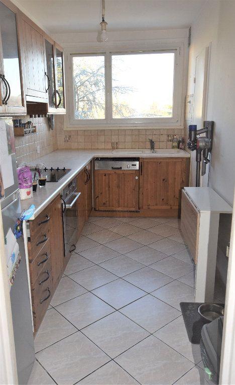 Appartement à vendre 3 70.61m2 à Saint-Michel-sur-Orge vignette-7