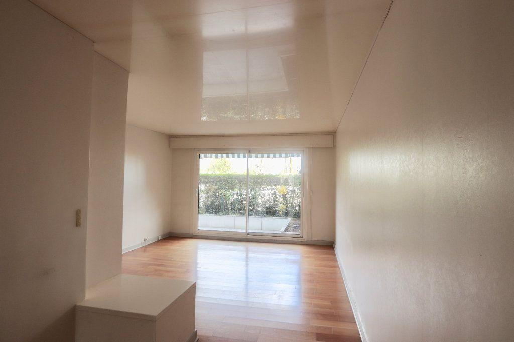 Appartement à vendre 3 69.68m2 à Chilly-Mazarin vignette-4
