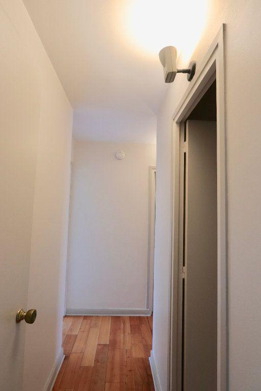 Appartement à vendre 3 69.68m2 à Chilly-Mazarin vignette-7