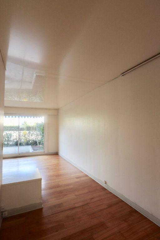 Appartement à vendre 3 69.68m2 à Chilly-Mazarin vignette-8