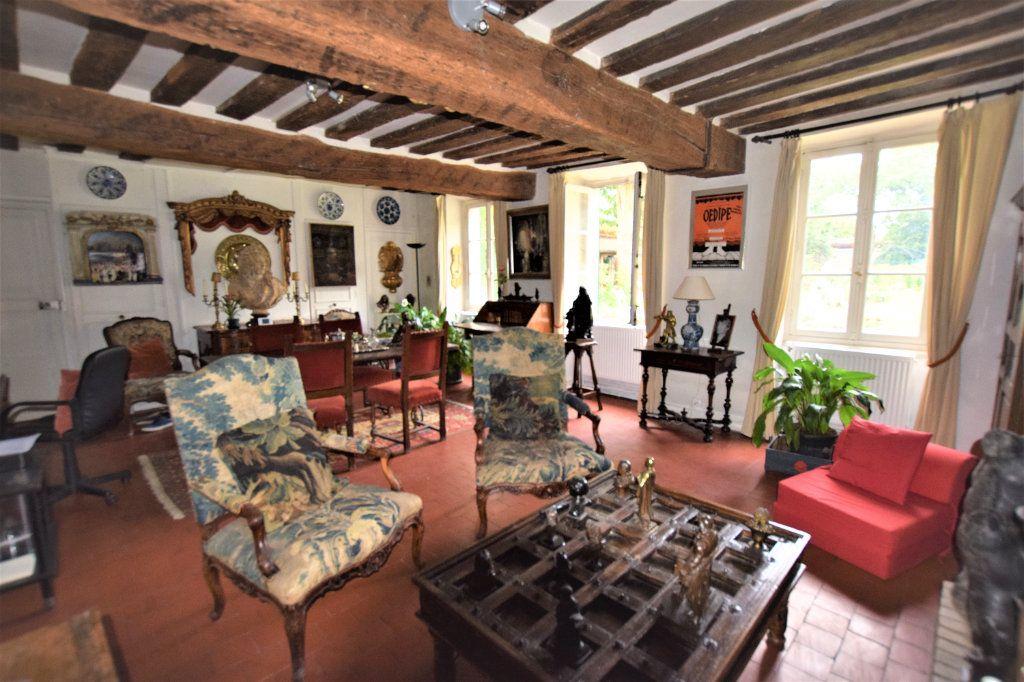 Maison à vendre 8 158.17m2 à Chilly-Mazarin vignette-5