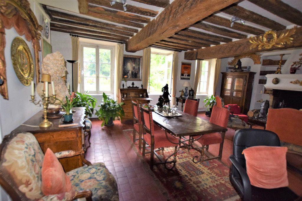 Maison à vendre 8 158.17m2 à Chilly-Mazarin vignette-6