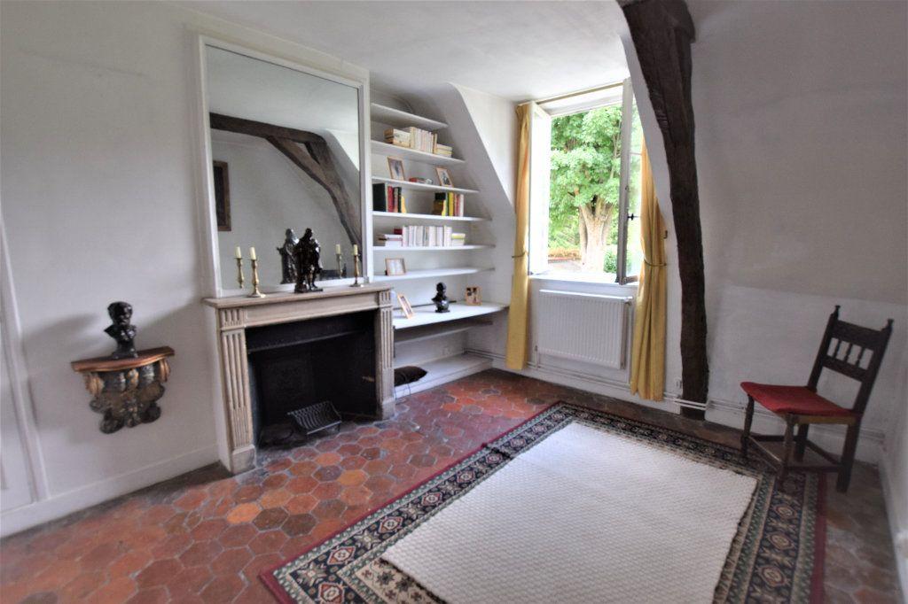 Maison à vendre 8 158.17m2 à Chilly-Mazarin vignette-7