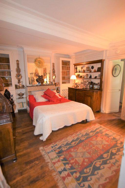 Maison à vendre 8 158.17m2 à Chilly-Mazarin vignette-8