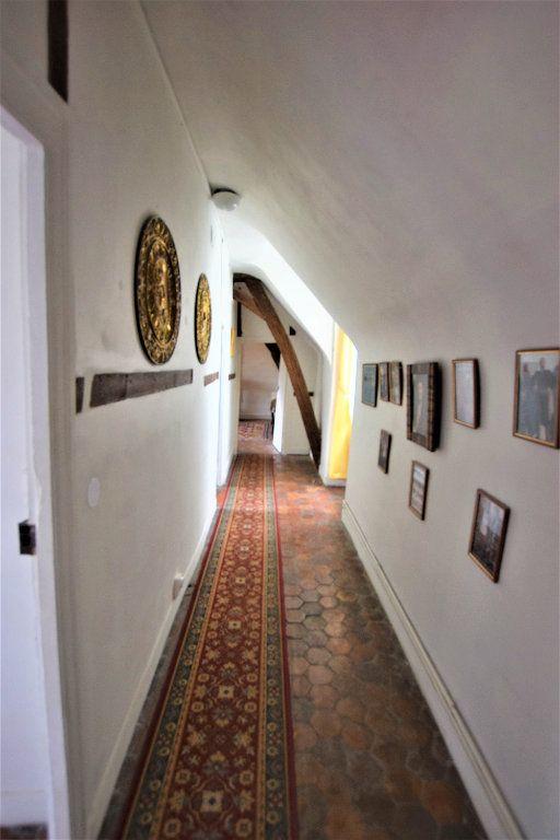 Maison à vendre 8 158.17m2 à Chilly-Mazarin vignette-10
