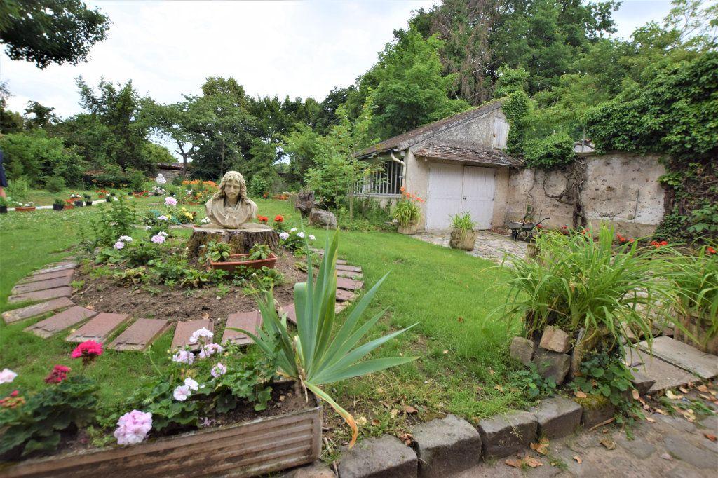 Maison à vendre 8 158.17m2 à Chilly-Mazarin vignette-15