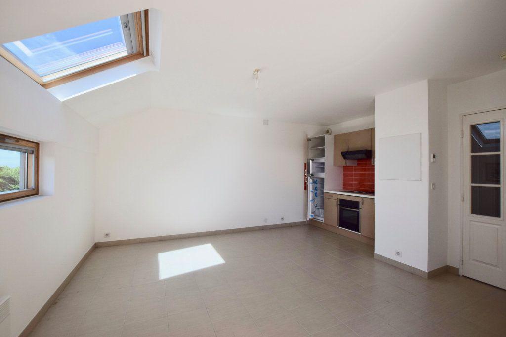 Appartement à vendre 1 29.4m2 à Morangis vignette-3