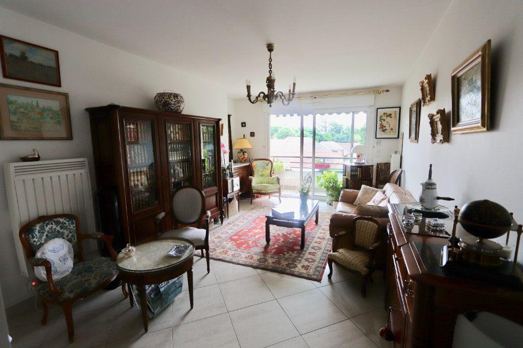 Appartement à vendre 3 65m2 à Morangis vignette-3