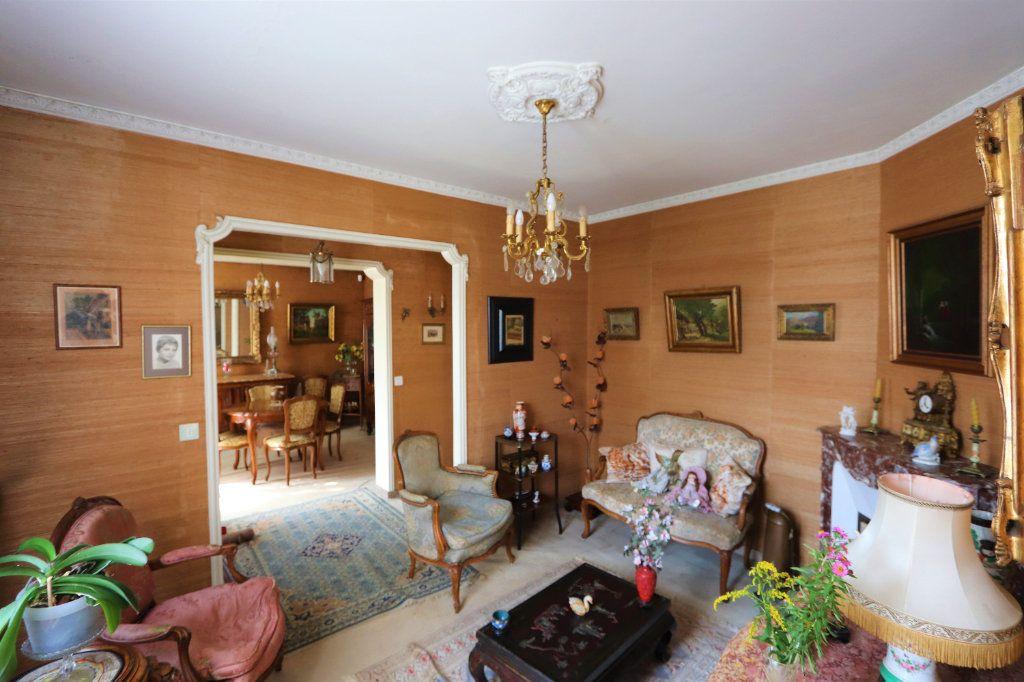 Maison à vendre 6 142m2 à Chilly-Mazarin vignette-3