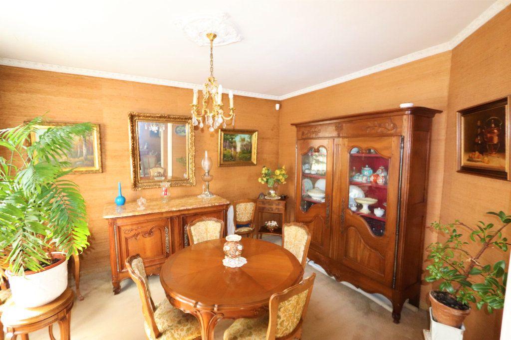 Maison à vendre 6 142m2 à Chilly-Mazarin vignette-5