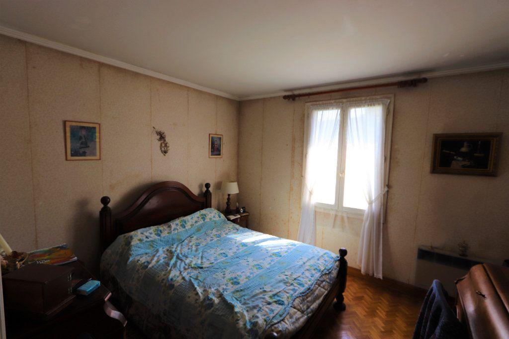 Maison à vendre 6 142m2 à Chilly-Mazarin vignette-10