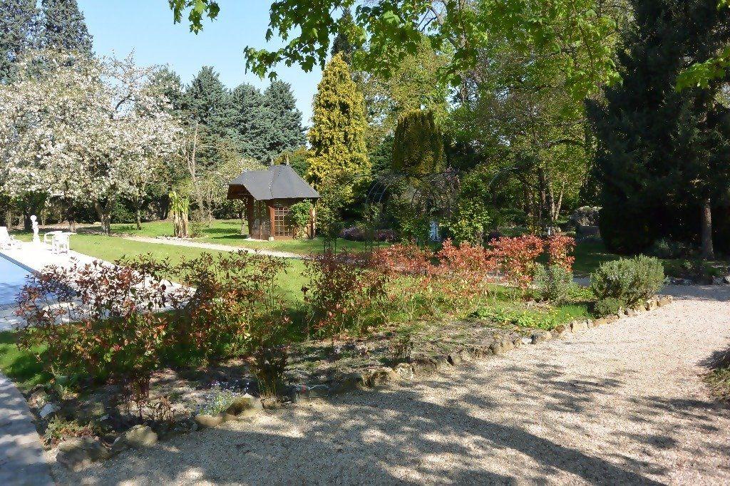 Maison à vendre 12 350m2 à Saulx-les-Chartreux vignette-4