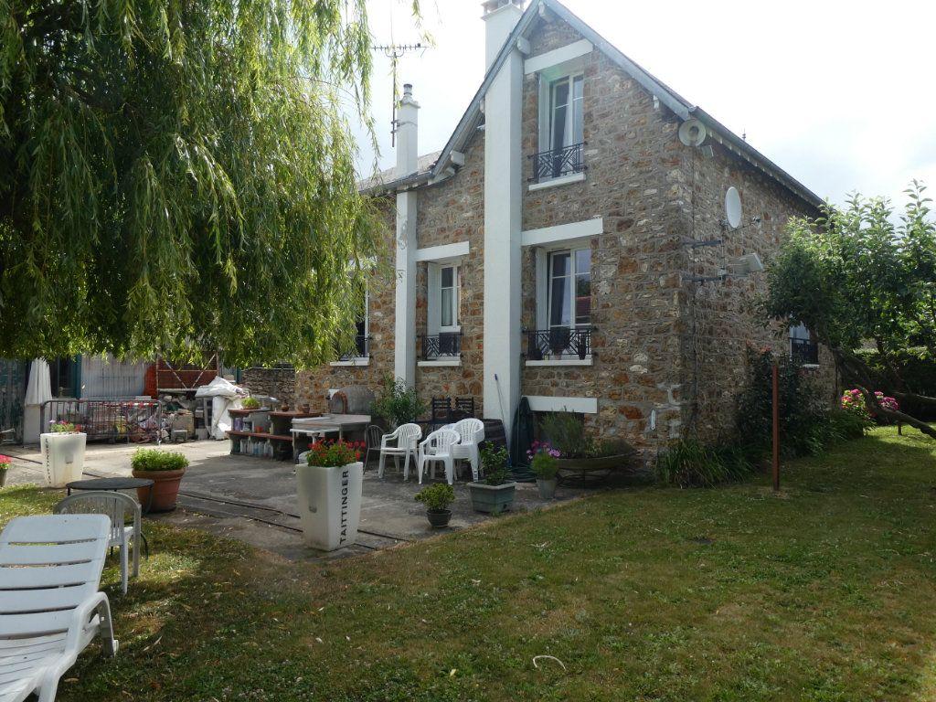 Maison à vendre 6 126m2 à Ballainvilliers vignette-2