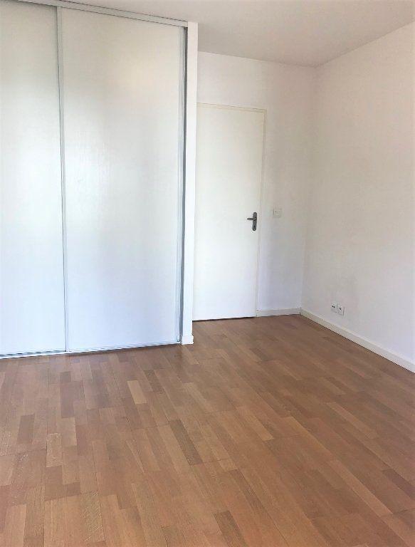 Appartement à louer 3 53.24m2 à Massy vignette-5