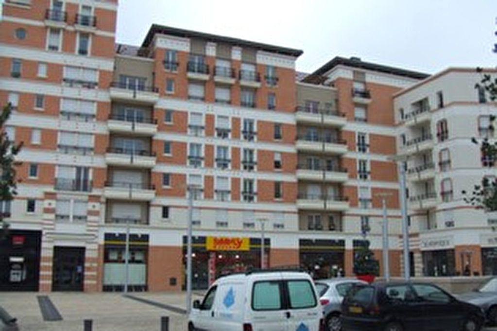 Appartement à louer 3 58.95m2 à Massy vignette-1