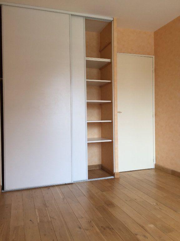 Appartement à louer 3 58.95m2 à Massy vignette-6
