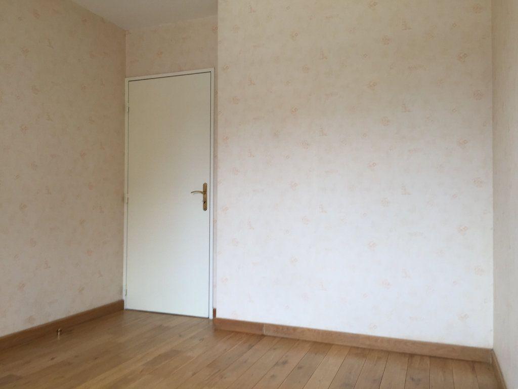 Appartement à louer 3 58.95m2 à Massy vignette-7