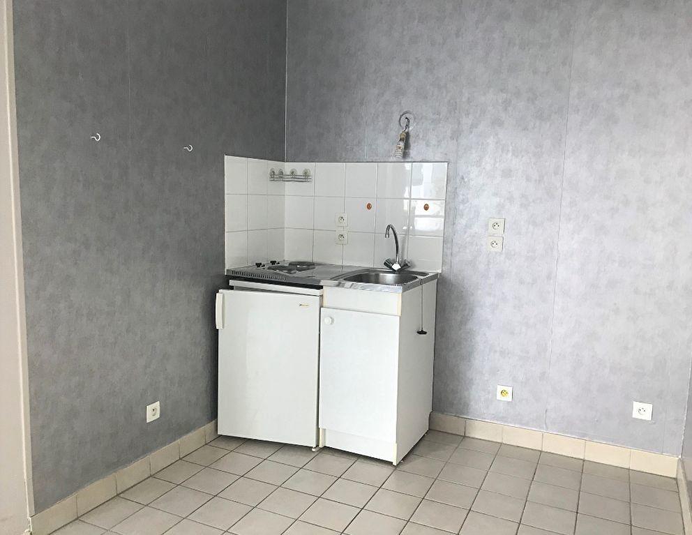 Appartement à louer 1 27.06m2 à Massy vignette-3