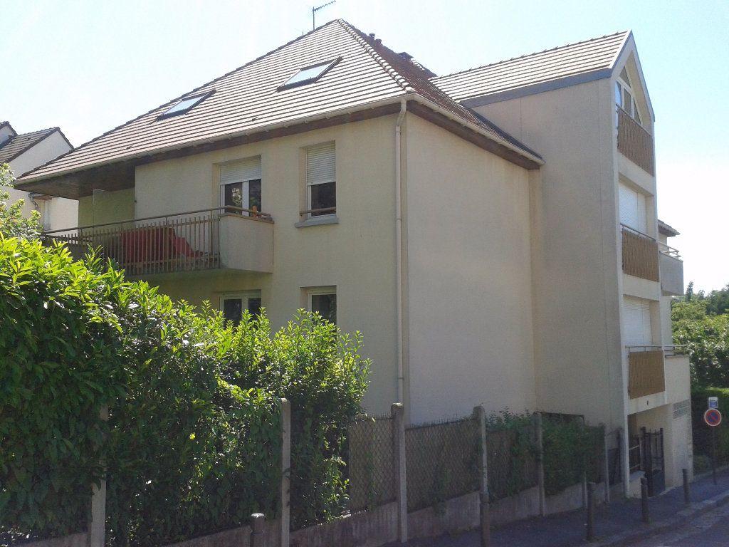 Appartement à louer 1 28.25m2 à Massy vignette-3