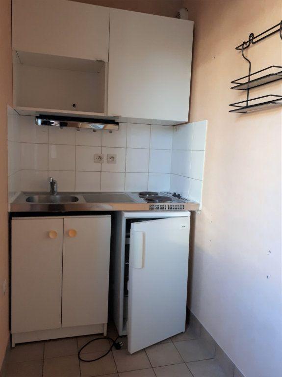 Appartement à louer 1 22.59m2 à Massy vignette-3