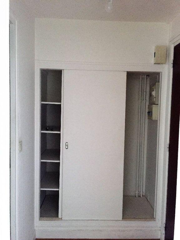 Appartement à louer 1 26m2 à Palaiseau vignette-2