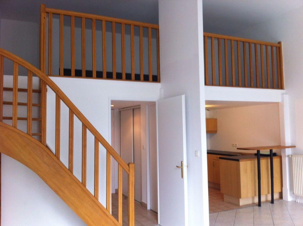 Appartement à louer 2 37.29m2 à Massy vignette-1