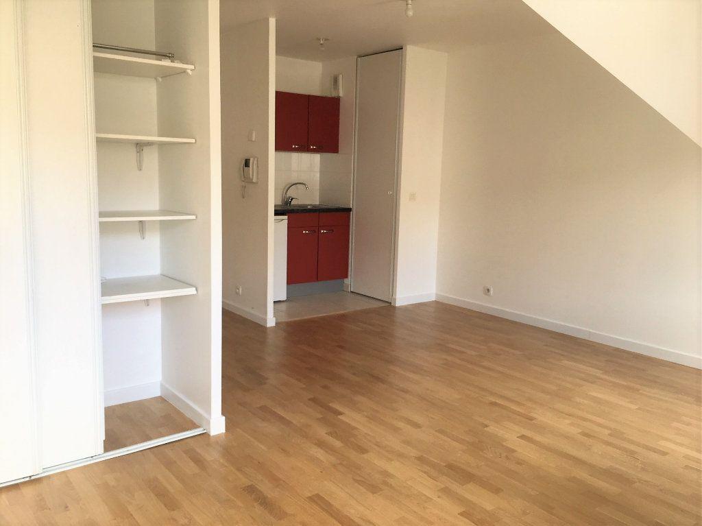 Appartement à louer 1 24.85m2 à Wissous vignette-4