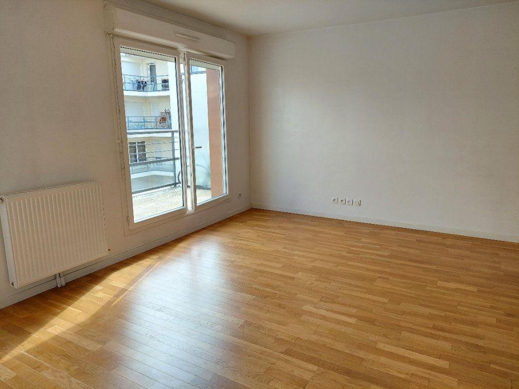Appartement à louer 1 36.95m2 à Massy vignette-4