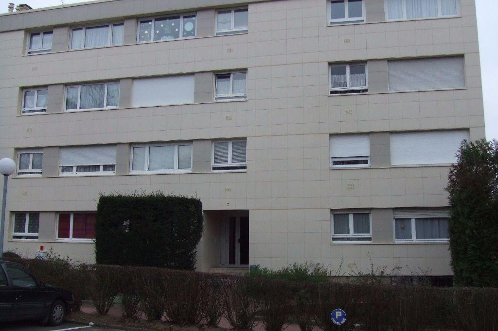 Appartement à louer 1 15.43m2 à Palaiseau vignette-1