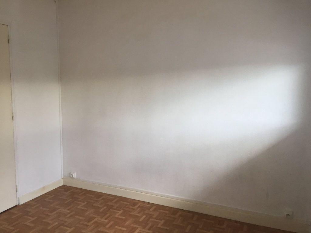 Appartement à louer 1 15.43m2 à Palaiseau vignette-3
