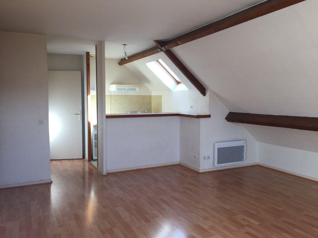 Appartement à louer 1 23.5m2 à Massy vignette-1