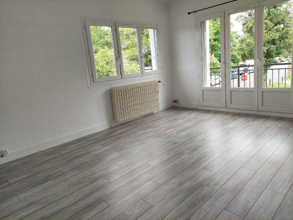 Appartement à louer 2 37.7m2 à Palaiseau vignette-1