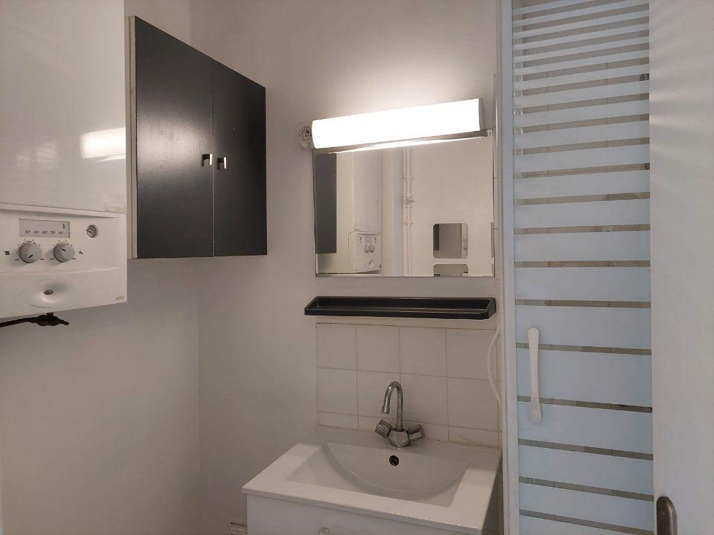 Appartement à louer 2 37.7m2 à Palaiseau vignette-6