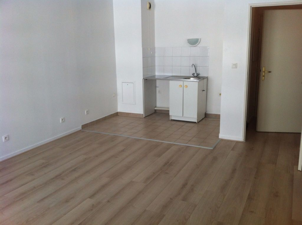 Appartement à louer 2 37.62m2 à Massy vignette-1
