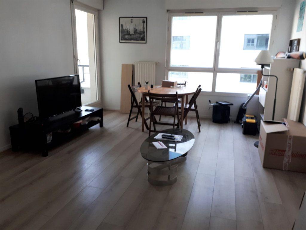 Appartement à louer 2 37.62m2 à Massy vignette-2