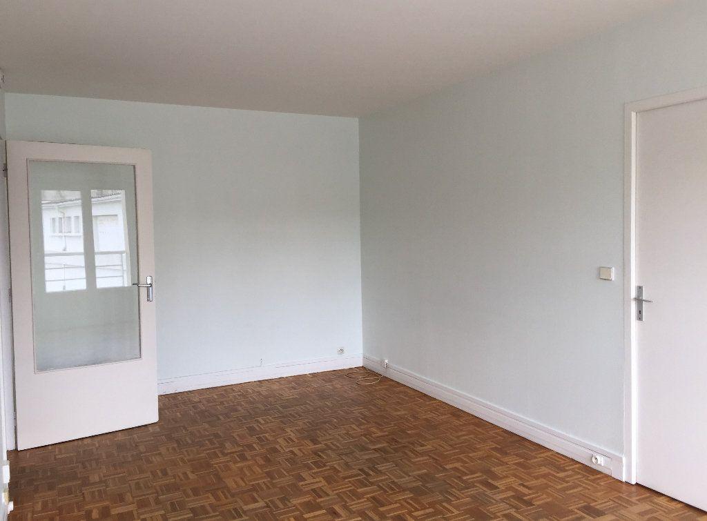Appartement à louer 2 50m2 à Palaiseau vignette-2