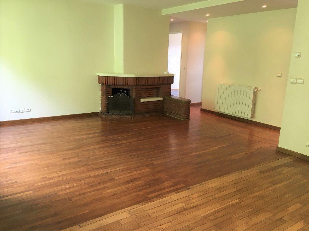 Appartement à louer 3 73.6m2 à Massy vignette-4