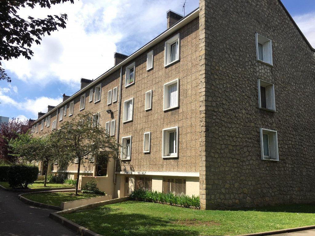 Appartement à louer 3 73.6m2 à Massy vignette-10