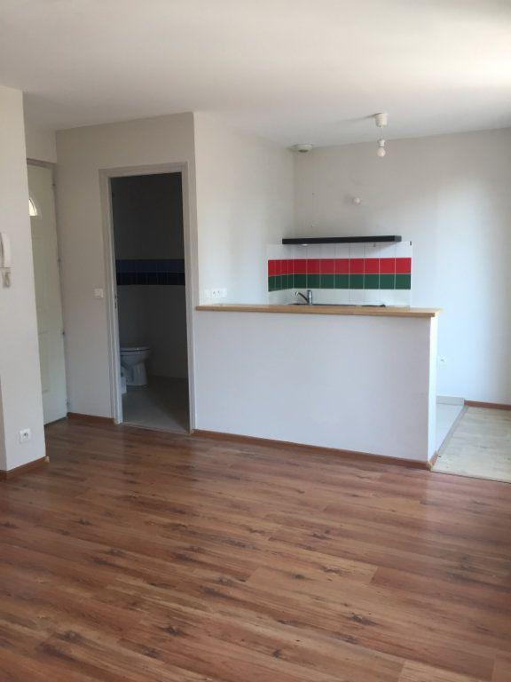 Appartement à louer 1 25m2 à Antony vignette-2