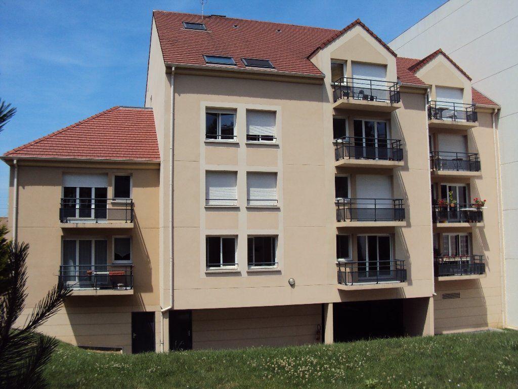 Appartement à louer 3 67.2m2 à Massy vignette-6
