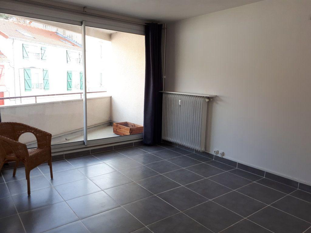 Appartement à louer 1 23.06m2 à Massy vignette-4